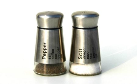 salt and pepper set 01